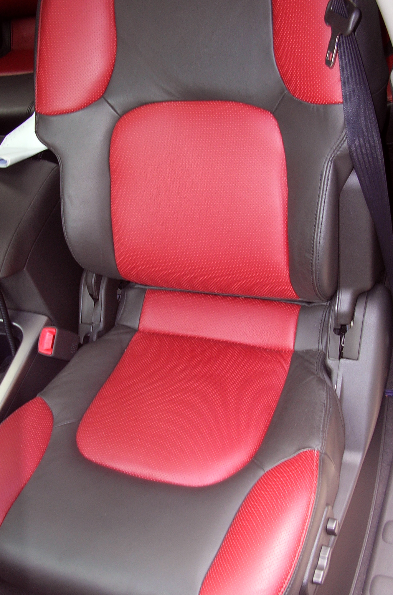 Red+and+grey+custom+seat+upholstery