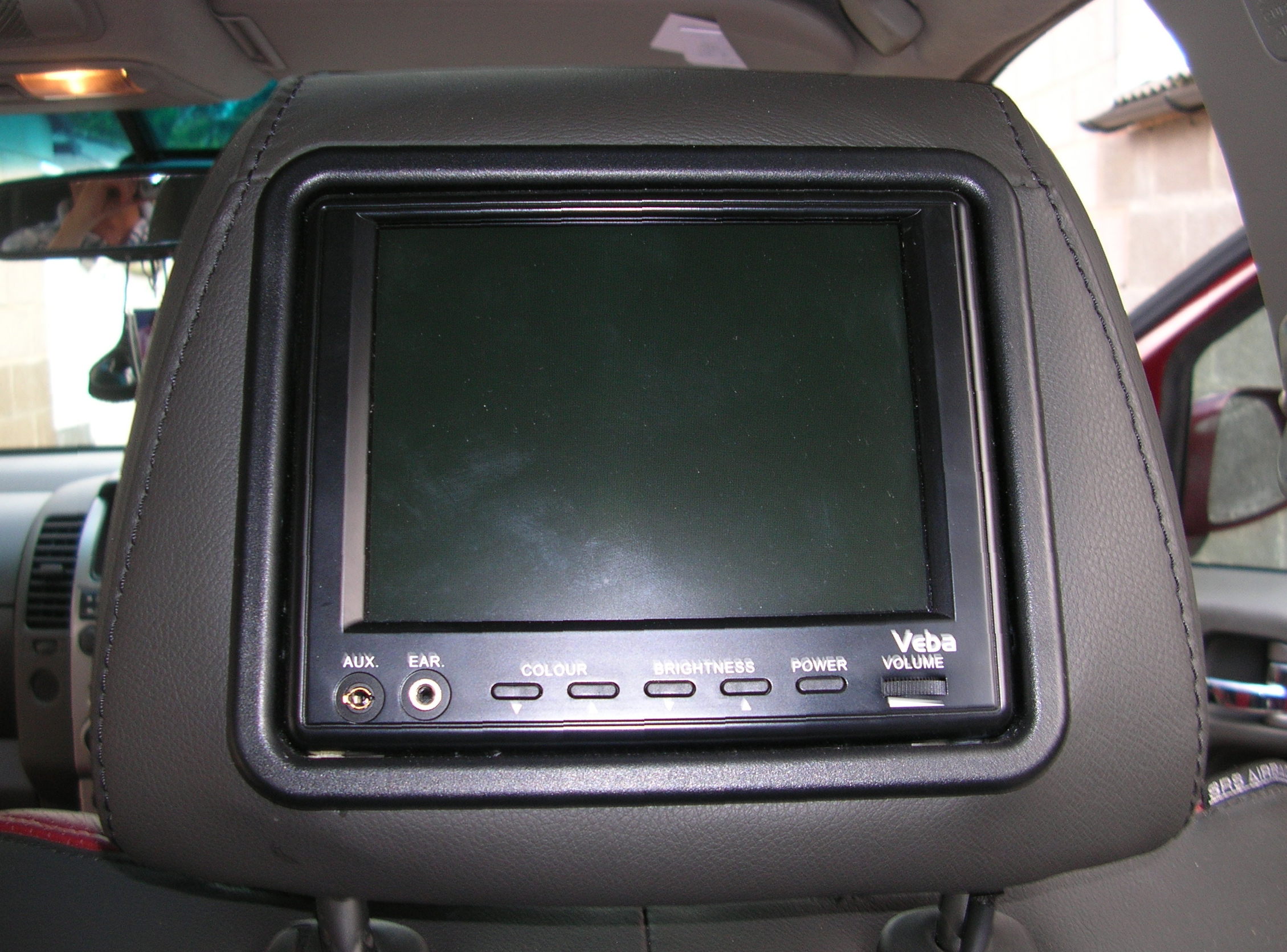 Veba+entertainment+system+fitted+in+headrest