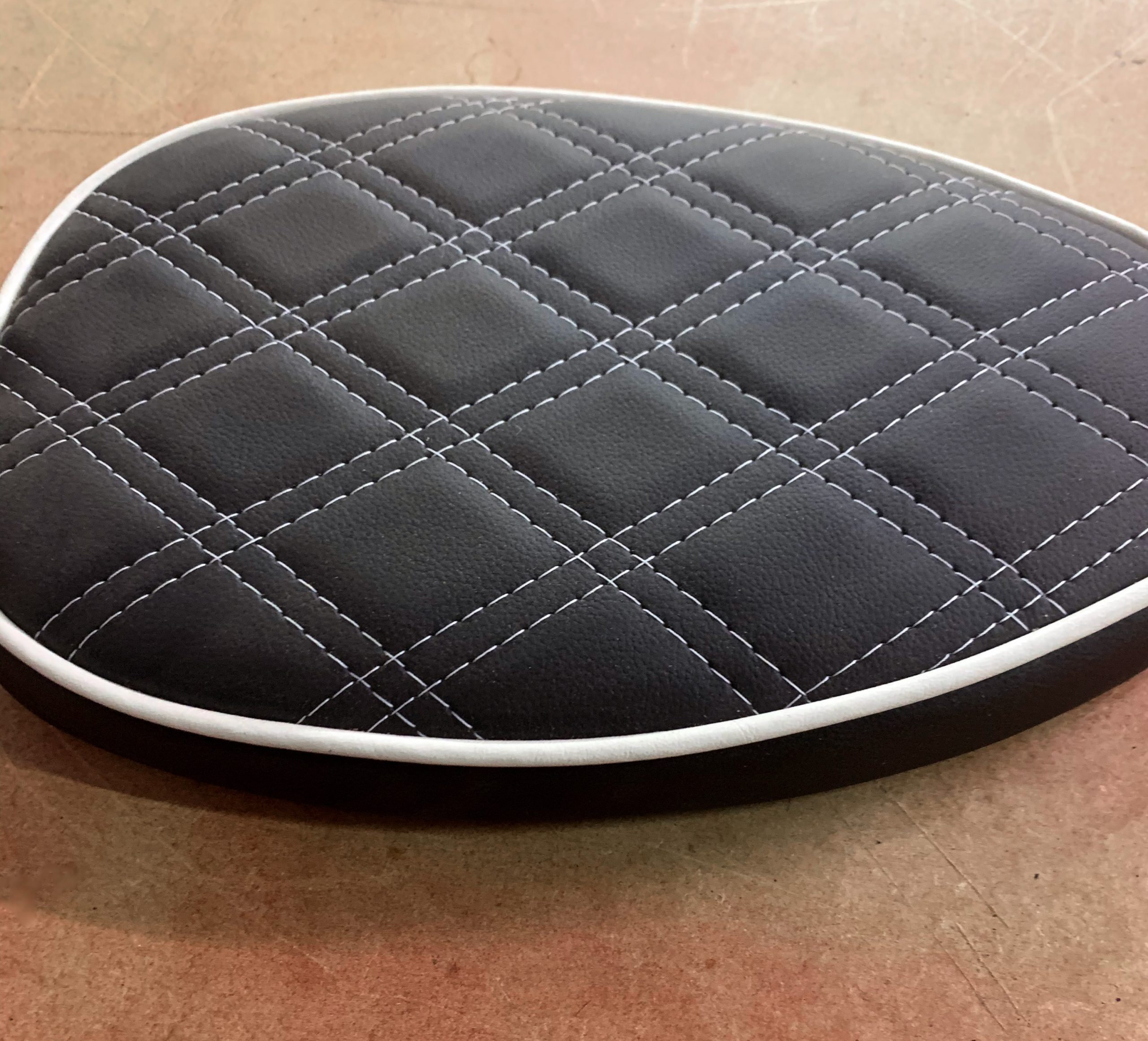 Black+leather+seat+with+white+detailing