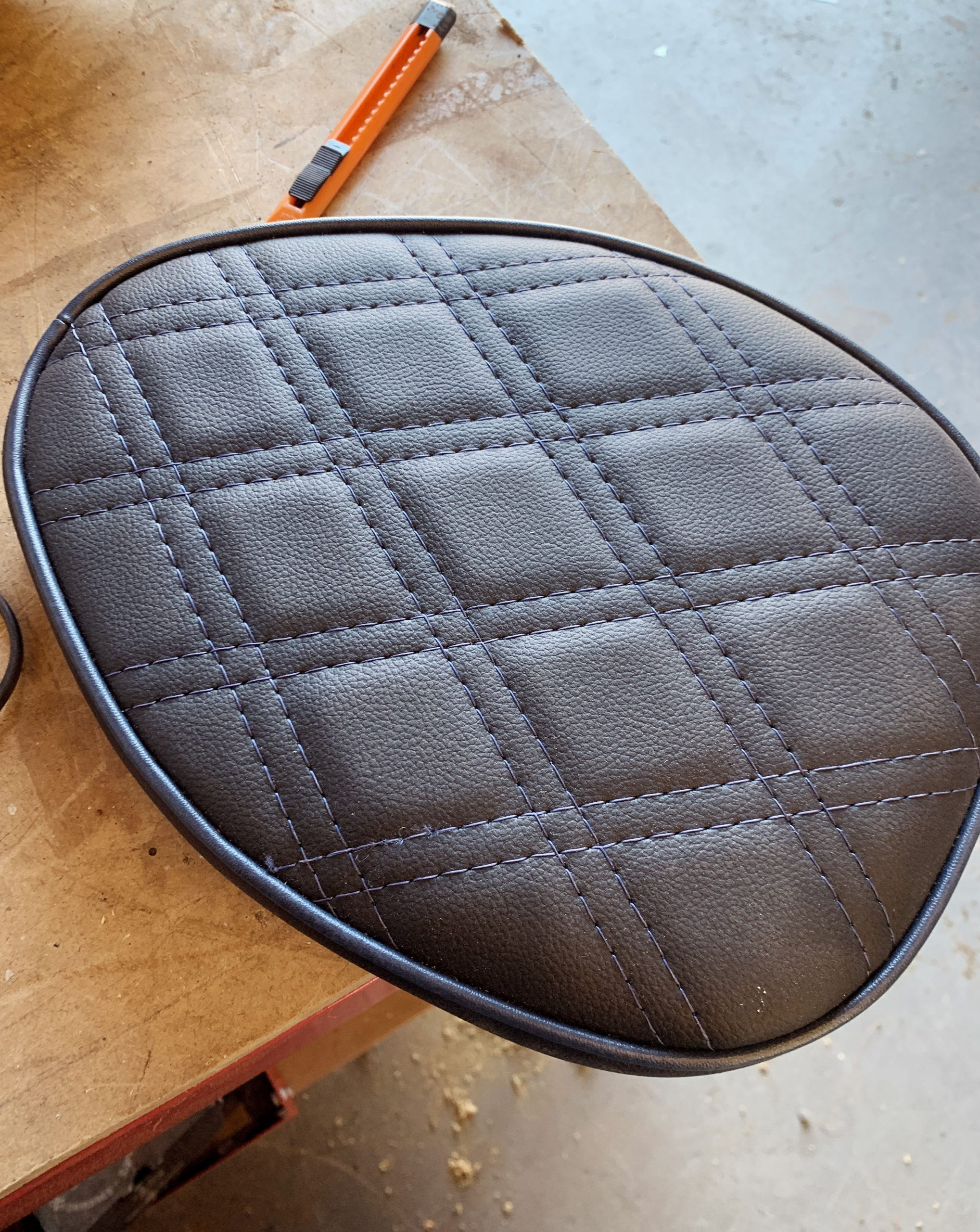 Black+motorbike+seat+with+navy+stitch+and+piping
