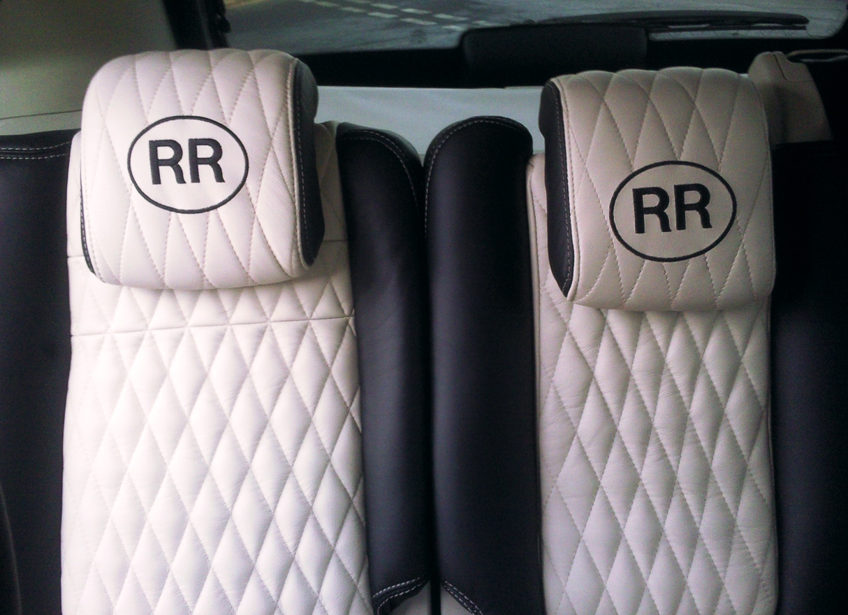 Black+and+White+diamond-stitched+car+seat+upholstery